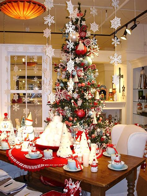 modern house christmas home decor and christmas tree