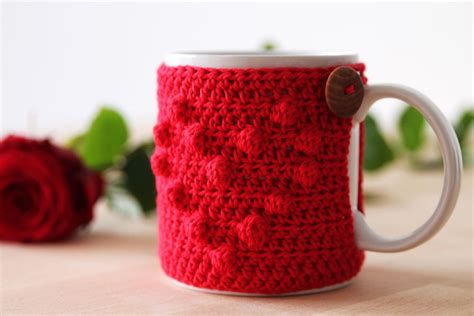 heart pattern mugs free crochet pattern for quot i heart u mug cozy eng nl