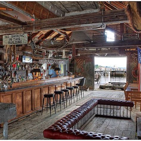 cool barn ideas wishful man cave cool garages and barns pinterest