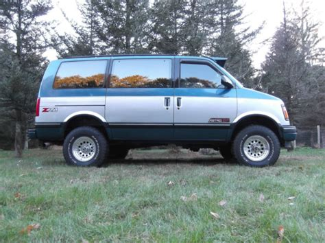 books about how cars work 1992 chevrolet astro parking system 1992 chevrolet astro van 4x4 for sale photos technical specifications description