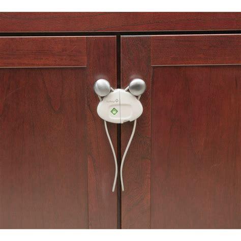 kitchen cabinets locks best kitchen cabinet safety locks kitchen cabinets
