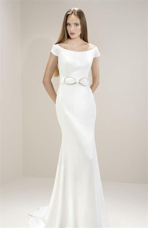 Wedding Dress Jesus Peiro by Jes 250 S Peir 243 8014 Wedding Dress Collection Bridal Shops