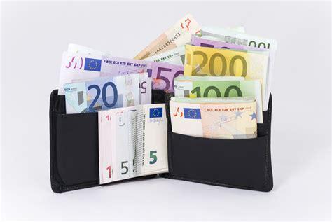 cvbankas lt kiek uždirbti nori darbuotojai cvbankas lt