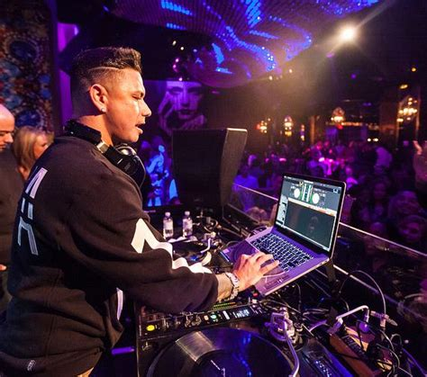 dj pauly d spins at vanity nightclub at rock hotel