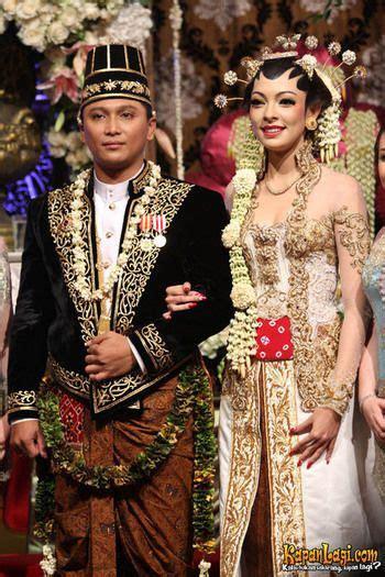 Foto Wedding Adat Jawa Modern by Foto Pernikahan Baju Adat Jawa Contoh Foto Dan Baju