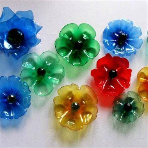 fiore di plastica fiori con bottiglie di plastica foto di bottega