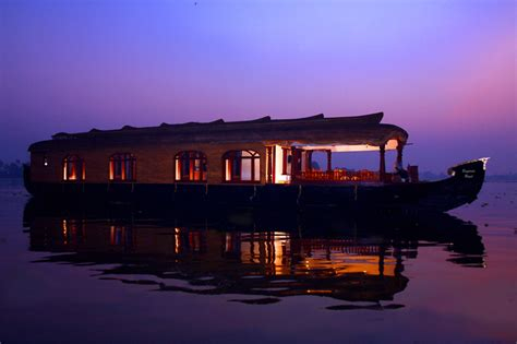 boat house stay in alleppey alleppey night stay houseboat packages night stay in houseboat alleppey night stay