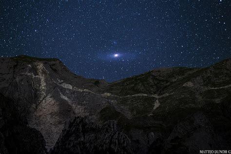 futura su sky la galaxie d androm 232 de se l 232 ve sur les apennins