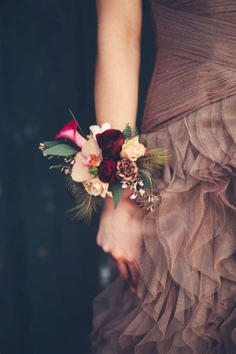 Hairstyles For 2017 Homecoming Bouquets by 10 Best Pretty Prom Corsage Inspo Images On