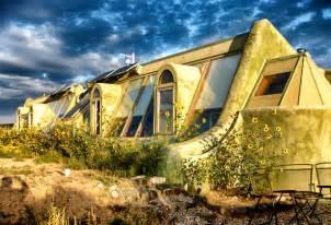 House Builder Program earthships