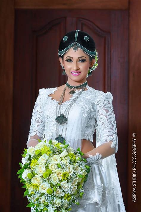 Bridal Shoots Photo Gallery by Bridal Shoot Of Nayanathara Wickramarachchi Sri Lanka
