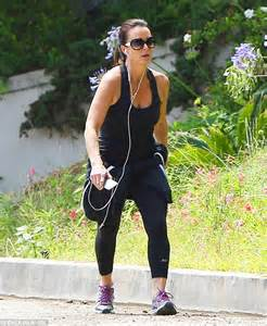 yolanda foster how much does she weigh how much do beverly housewives weigh kyle richards shows