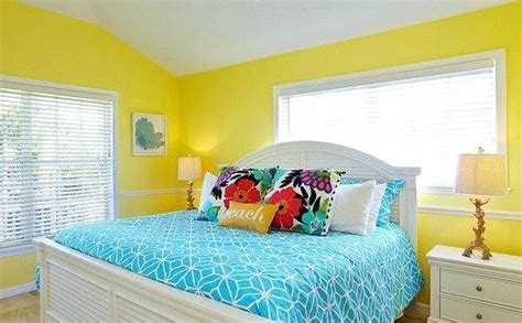 Yellow Painted Bedrooms by 1000 Ideas About Bedroom Colors On