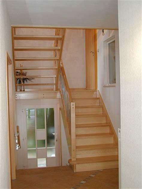 geschlossene treppen treppen backhaus bauelemente