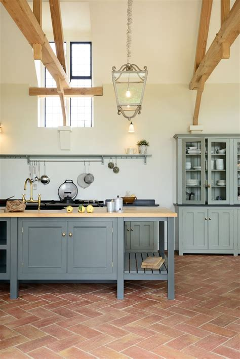 Kitchen Design Stores Near Me by Best 25 Terracotta Floor Ideas On Pinterest Terracotta