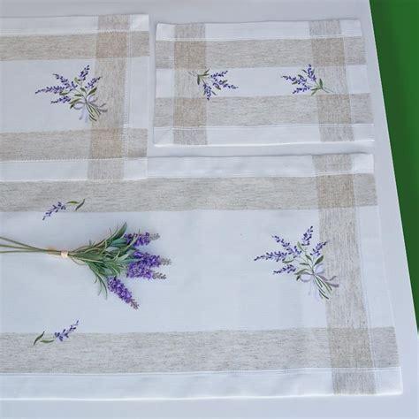 centro fiori centro fiori di lavanda ricami e pizzi