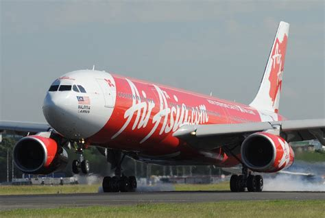 airasia news bali air asia x passengers may be stranded in bali if airline