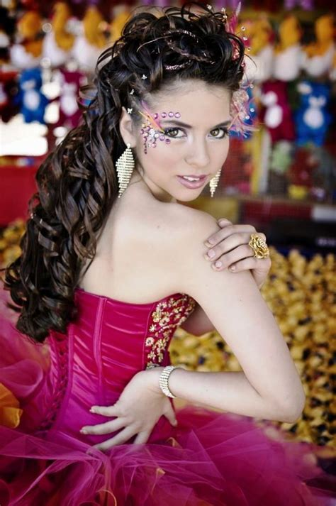 Quinceanera Hairstyle by 25 Quinceanera Hairstyles For Hairstylo
