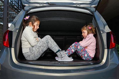 imagenes de niños viajando los ni 241 os no podr 225 n viajar en los asientos delanteros