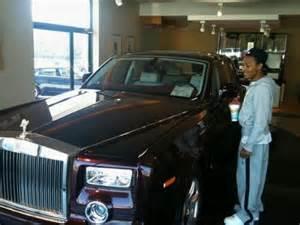 Creflo Dollar Rolls Royce Bow Wow S Surprises Him With Rolls Royce Phantom