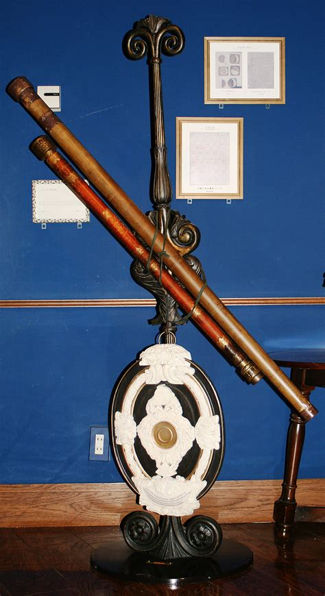 the telescope in the inventing a new astronomy at the south pole books did galileo invent the telescope 171 optics binoculars