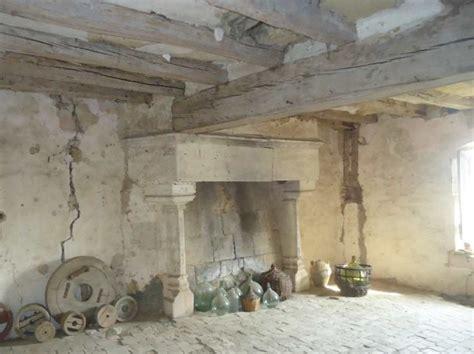 manoir medieval  vendre en france
