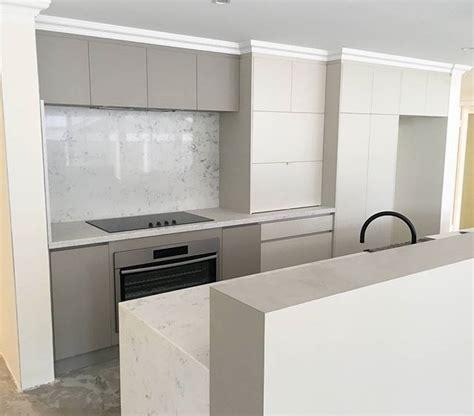 essa stone bench tops designer kitchen under construction stone splashback