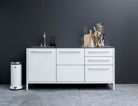 The practical kitchen of stainless steel from Vipp