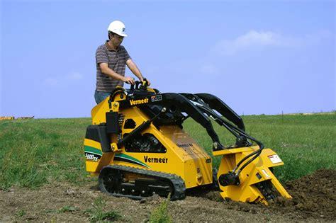 piccoli escavatori da giardino noleggio gaiani rino trattori e macchine agricole a