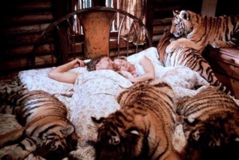 film lion roar actress tippi hedren family lives with lion in the 1970