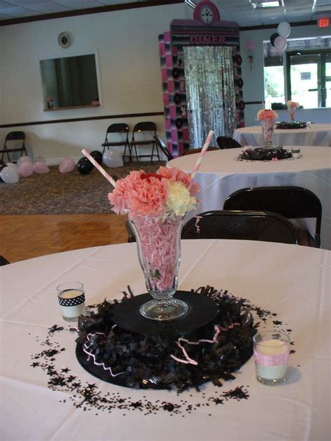 50 s table decorations 82 best images about sock hop 50 s centerpiece on 1950s centerpieces and