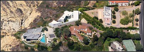 the razor residence in la jolla california may be the 외방커뮤니티 gt 헐리우드 gt 아이언맨3 토사장 집 내놨네