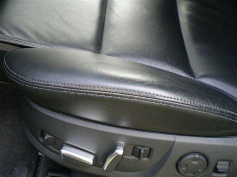comment nettoyer siege auto comment nettoyer les si 232 ges de votre voiture circulaire