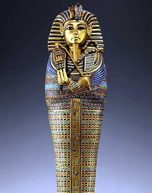 imagenes egipcias tutankamon identifican restos de vinos blancos y tintos en la tumba