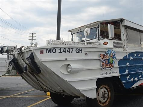 duck boat owner duck boat owner settles with missouri family over sinking