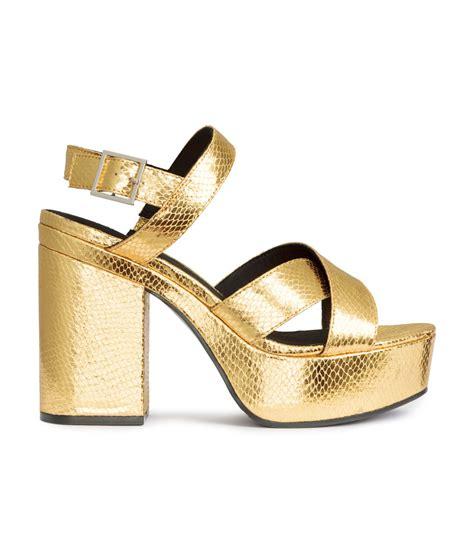 h m platform sandals in metallic lyst