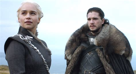 actor daenerys game of thrones emilia clarke and kit harington finally up for lead actor