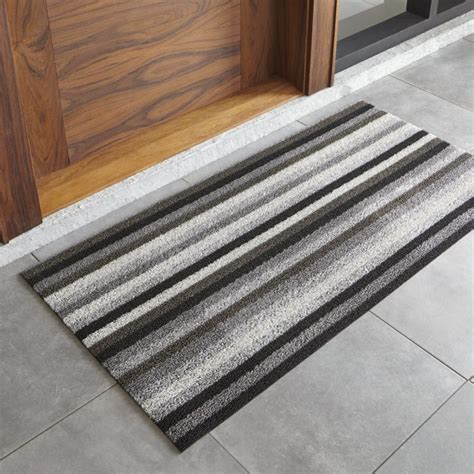 Grey Indoor Doormat Chilewich Grey And Black Doormat Crate And Barrel