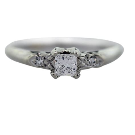 14k white gold 23ct princess cut engagement ring
