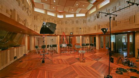the room in the tracking rooms manifold recording