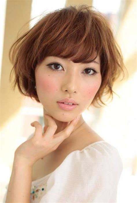 Japanese Hairstyle by 20 Wavy Hairstyles With Bangs Hairstyles