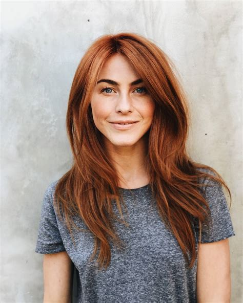 what kind of hairstyle does julienne huff have in safe haven julianne hough debuts bold red locks on valentine s day