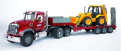 bruder trucks mack dieplader en jcb graaflaadcombinatie 02813 bruder