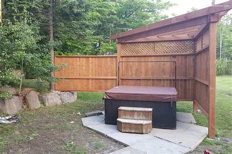 Log Cabin With Tub One Stay by Log Cabin Rental With Tub Near Montreal In Canada