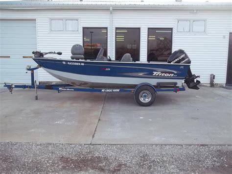 triton boats life jacket triton dv176 boats for sale