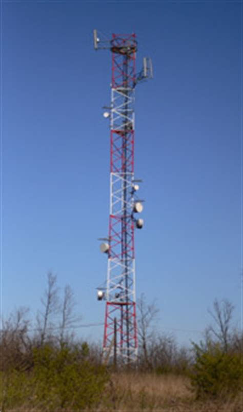 Cell Phone Tower Pictures   HowStuffWorks