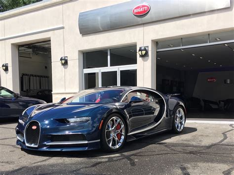 new bugati i drove the new chiron the replacement for the bugatti