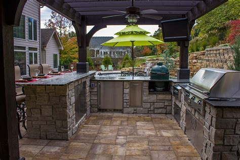 outdoor kitchens and bars outdoor kitchens bars grills green guys