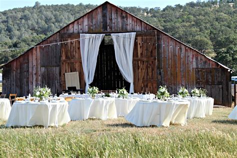 rustic chic wedding venues in southern california barn weddings california southern california barn wedding