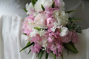 the flower magician sweet peas amp peonies yummy